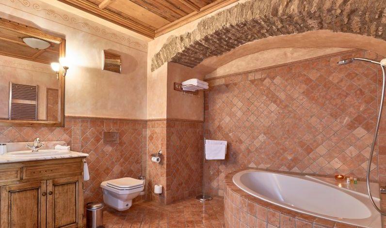 Zimmer 11 Mit Großem Badezimmer ...