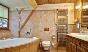 Bathroom of room No. 32